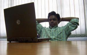 Léteznek egyszerű internetes munkák?
