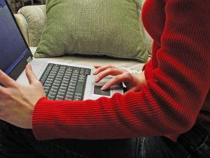 Online munka azonnali fizetéssel? Hol lehet ilyet találni?