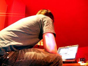 Hol található internetes munka Magyarországon, ami otthonról végezhető?